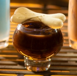 Star Wars: GalaxyÕs Edge Ð OgaÕs Cantina Breakfast Beverages