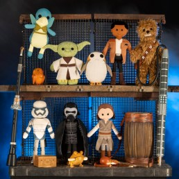 Star Wars: Galaxy's Edge Merchandise – Artisan-Style Toys